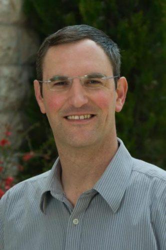 חוקר מקרא ואדם מאמין: פרופ' יונתן גרוסמן